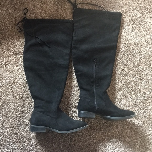 41157aaf624 Charlotte Russe Shoes - Charlotte Russe 8W over the knee boots